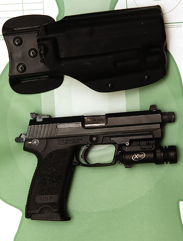 Looking for a tactical light - HK USP  45 - The Firing Line